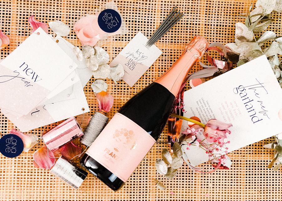 ana+eve - HAPPY 2021 BYE 2020 Silvesterbox - Variante 2 mit Franzi Pinot Blanc Sekt