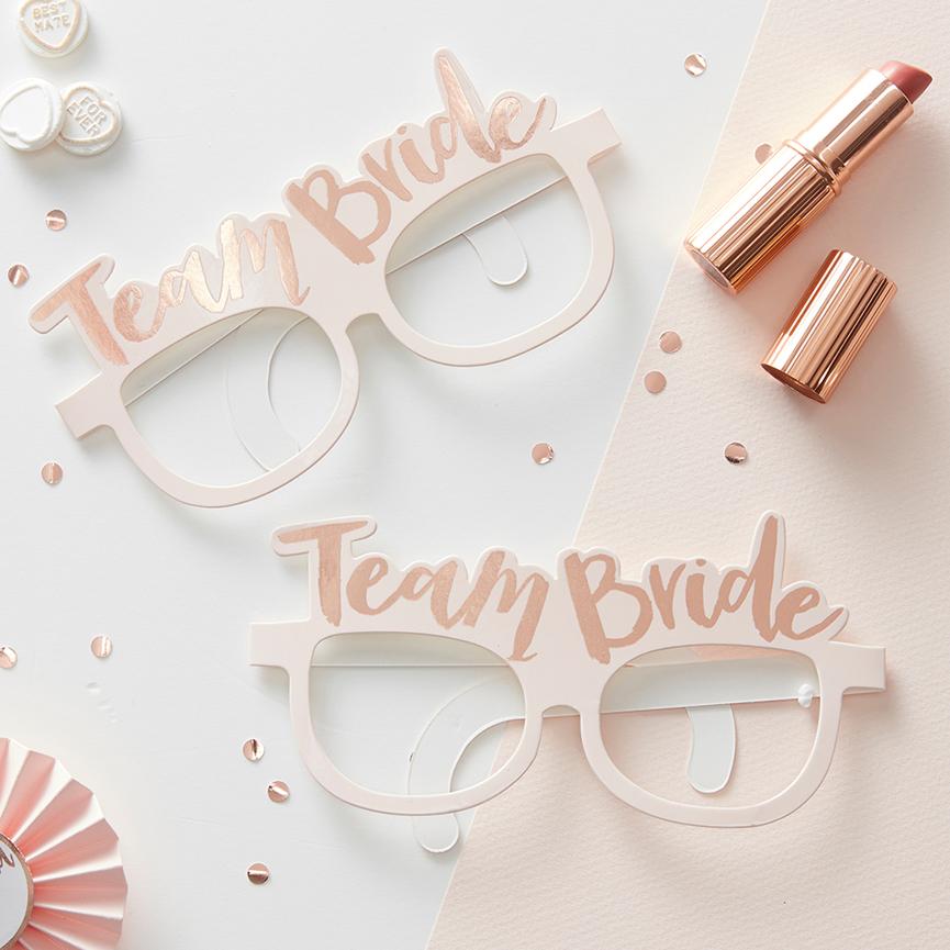 """Gewinnspielauslosung """"Team Bride"""" Set für die perfekte Brautparty"""